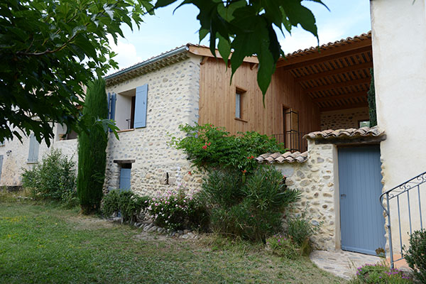 architecture 04 maison en pierre
