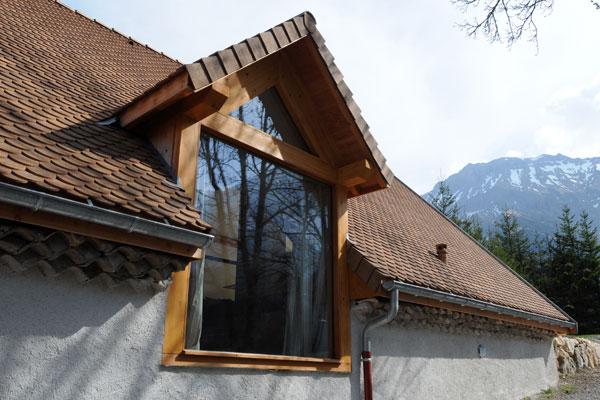 Triève, construction d'une ouverture en toiture fenière
